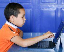 Aldeas Infantiles SOS reclama eliminar las trabas que impiden que las ayudas al estudio lleguen a los niños y las niñas que más lo necesitan