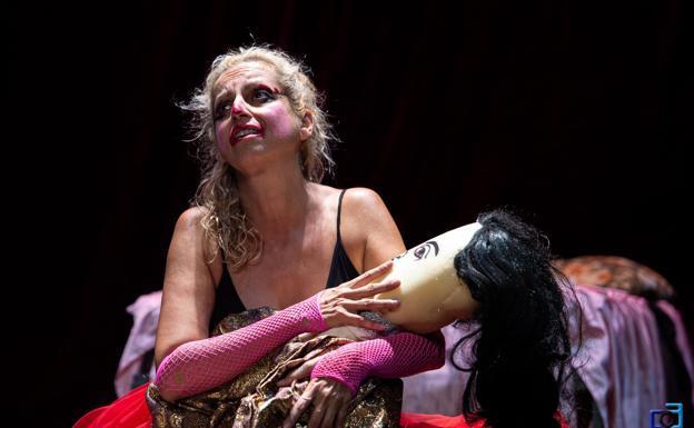 """Teatro """"Suicidio de una Actriz"""""""