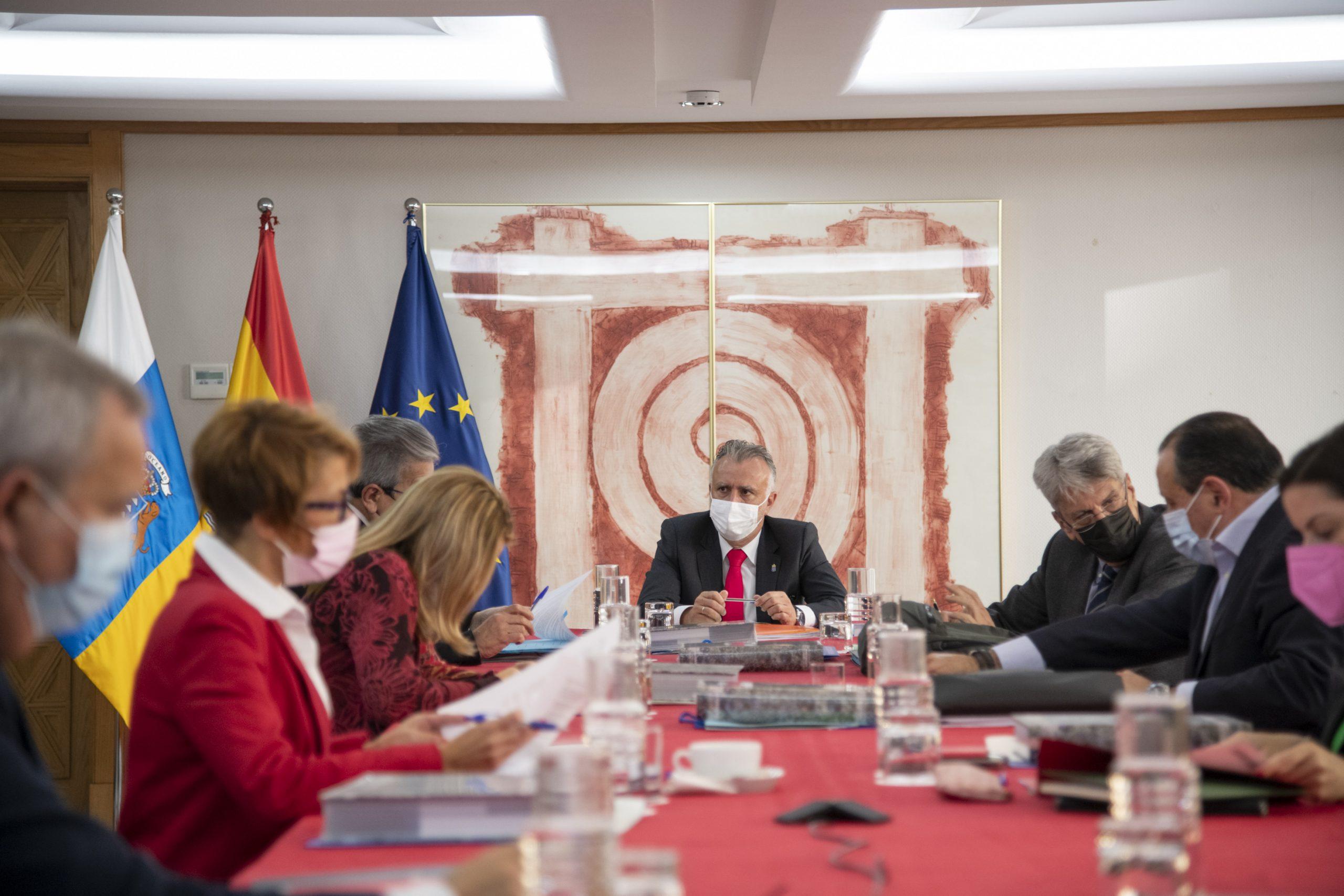 El Gobierno genera crédito de 165 millones de euros para sufragar ayudas directas a los sectores más perjudicados
