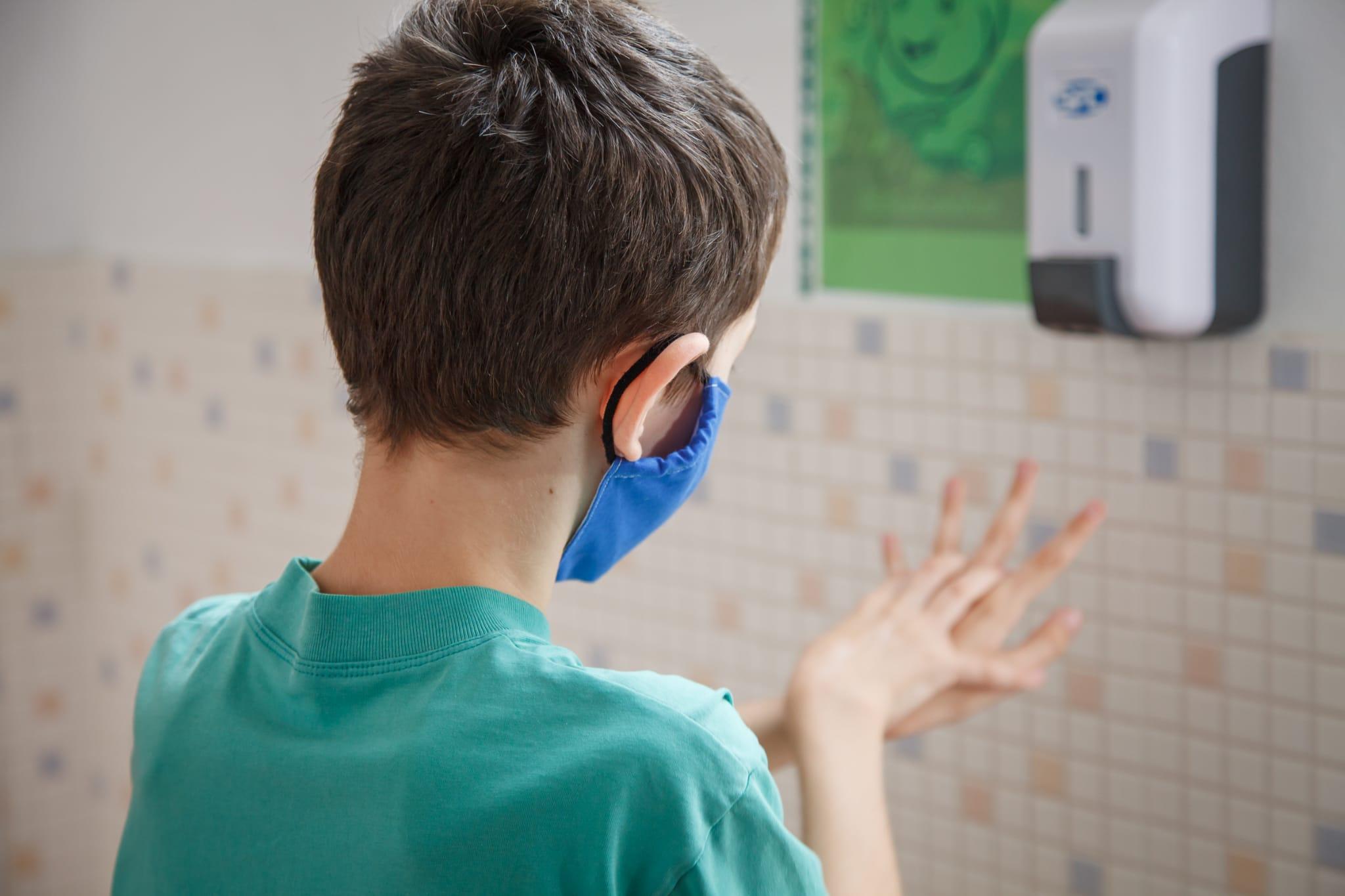 Educación destina 238.000 euros a la compra de 1,7 millones de mascarillas para alumnado vulnerable