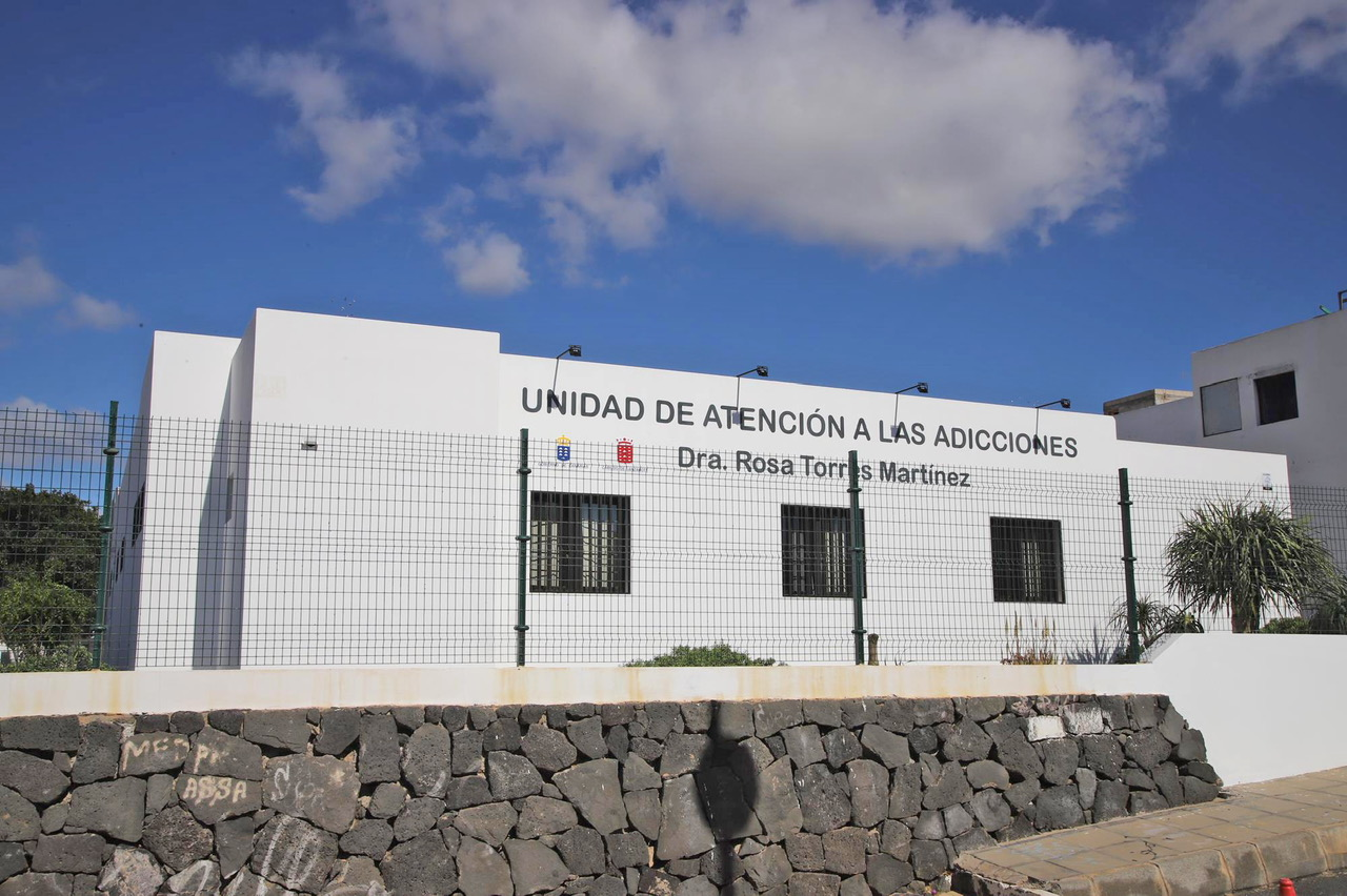 Inauguradas las nuevas instalaciones de la Unidad de Atención a las Adicciones 'Doctora Rosa Torres Martínez' de Lanzarote