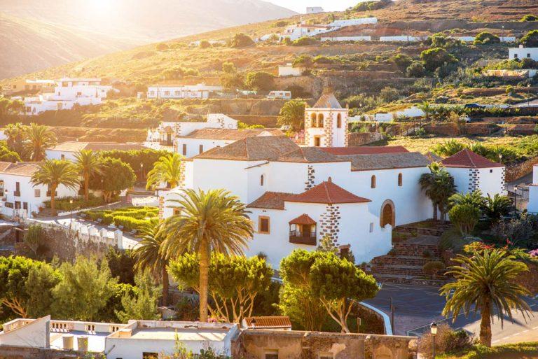 Turismo invierte 2,4 millones en obras de rehabilitación histórica y nuevo producto turístico en Fuerteventura