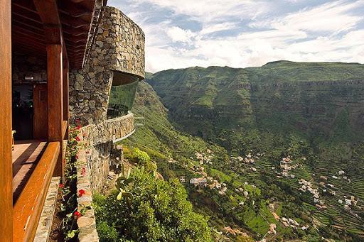 Turismo de Canarias invierte 5,5 millones de euros en la mejora de espacios turísticos de La Gomera