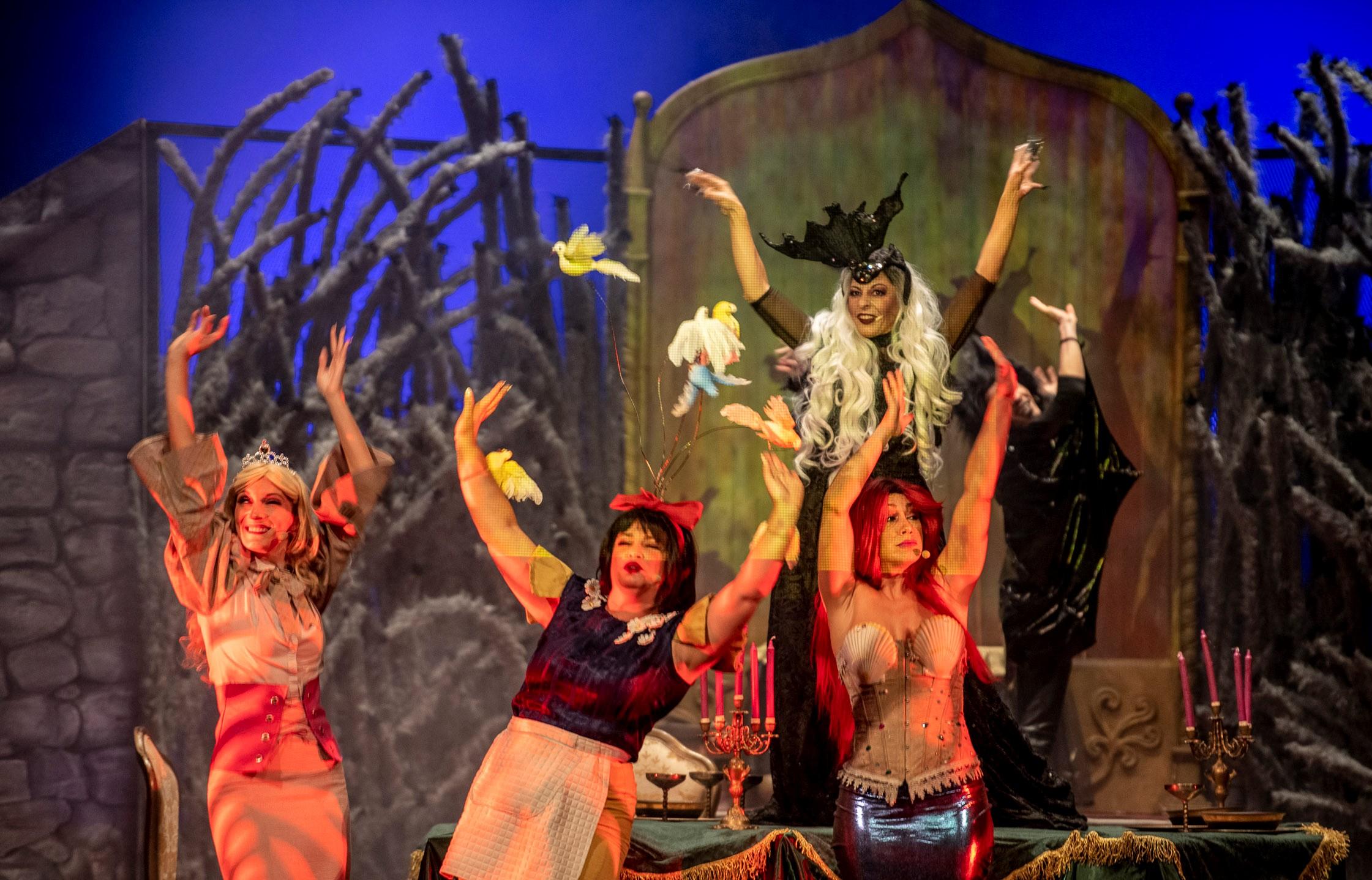El teatro Víctor Jara de Vecindario acoge el montaje 'Encantada, un conjuro musical para toda la familia'