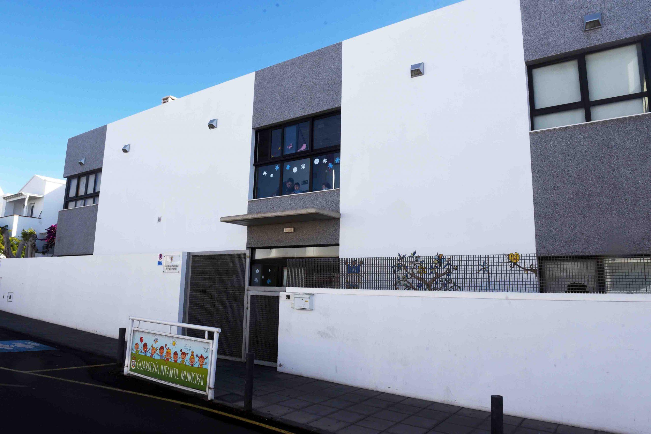 La Guardería Municipal de Playa Honda – Escuela Montessori Lanzarote se forma en Baby Sign Language, comunicación gestual para bebés