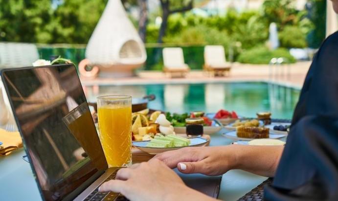 Turismo Lanzarote atraerá a empresas internacionales y teletrabajadores de alto nivel