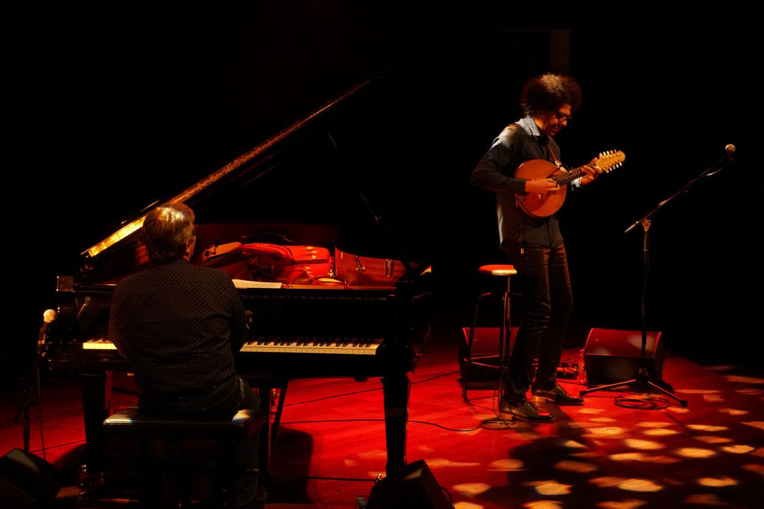 """Música Chano Domínguez y Halmilton de Holand en el Teatro Víctor Fernández Gopar """" El Salinero"""""""