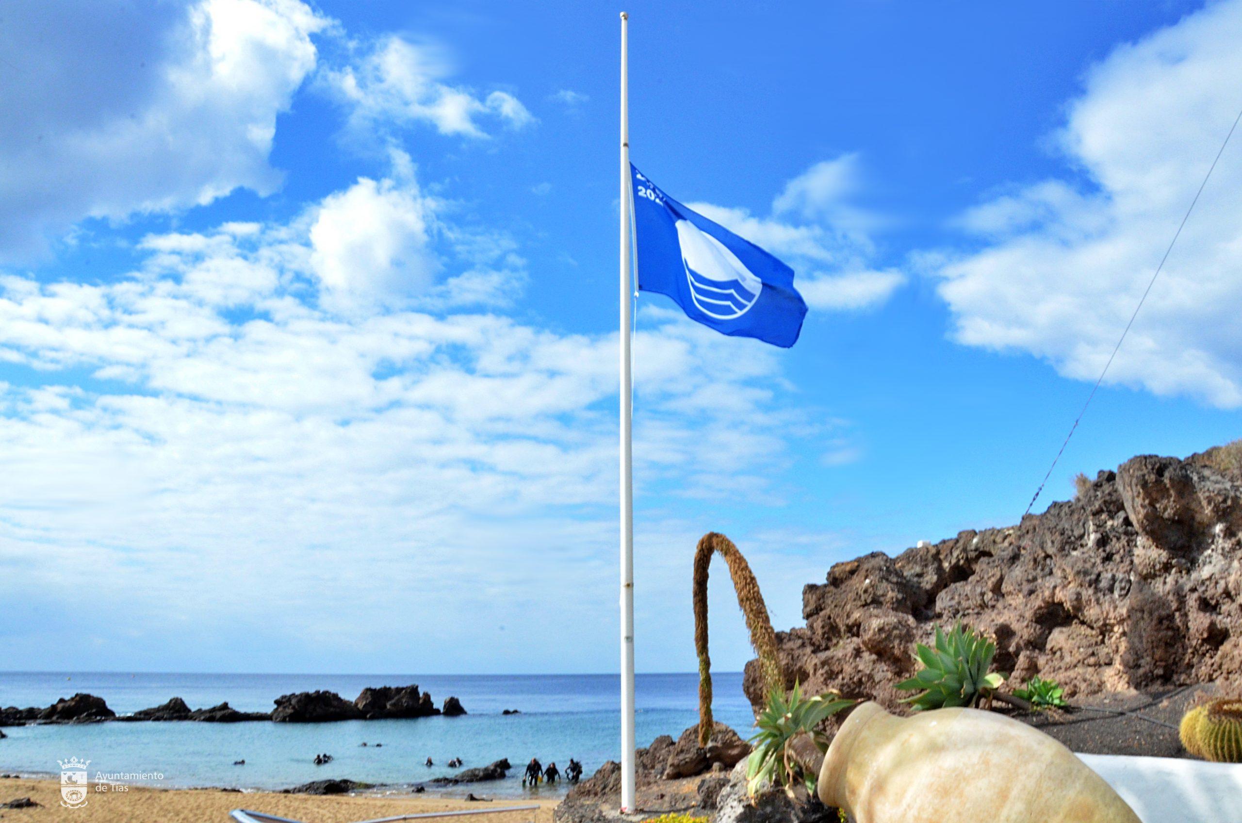 El Ayuntamiento de Tías muestra su satisfacción por haber revalidado la bandera azul en Playa Grande, Pocillos, Matagorda y Playa Chica