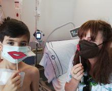 Los hospitales del SCS conmemoran el Día del Niño Hospitalizado