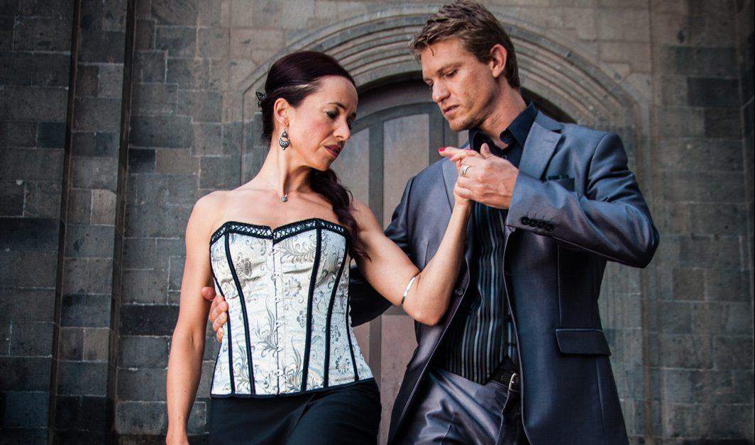 La Biblioteca Insular de Las Palmas de Gran Canaria se convierte en una milonga para poner en valor el espíritu del tango y de los escritores argentinos que lo enaltecieron