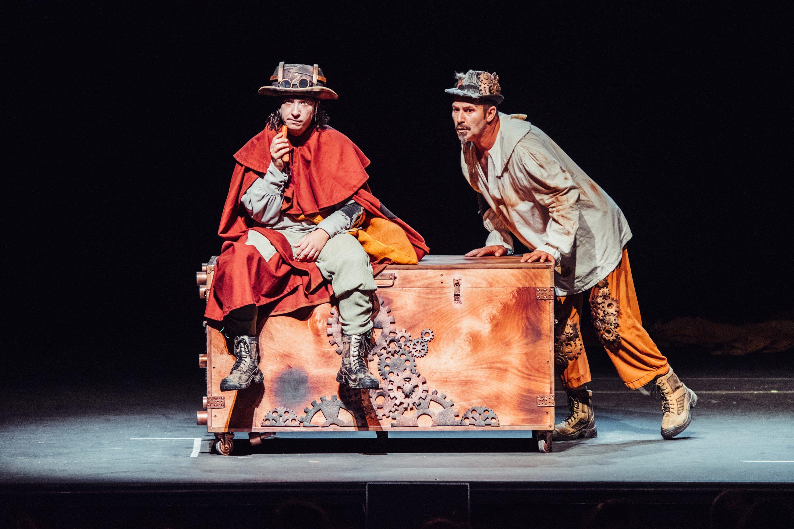 """El Teatro Municipal de Tías acoge la representación de la obra """"Ñaque o de piojos y actores"""" tras su reestreno en Gran Canaria"""