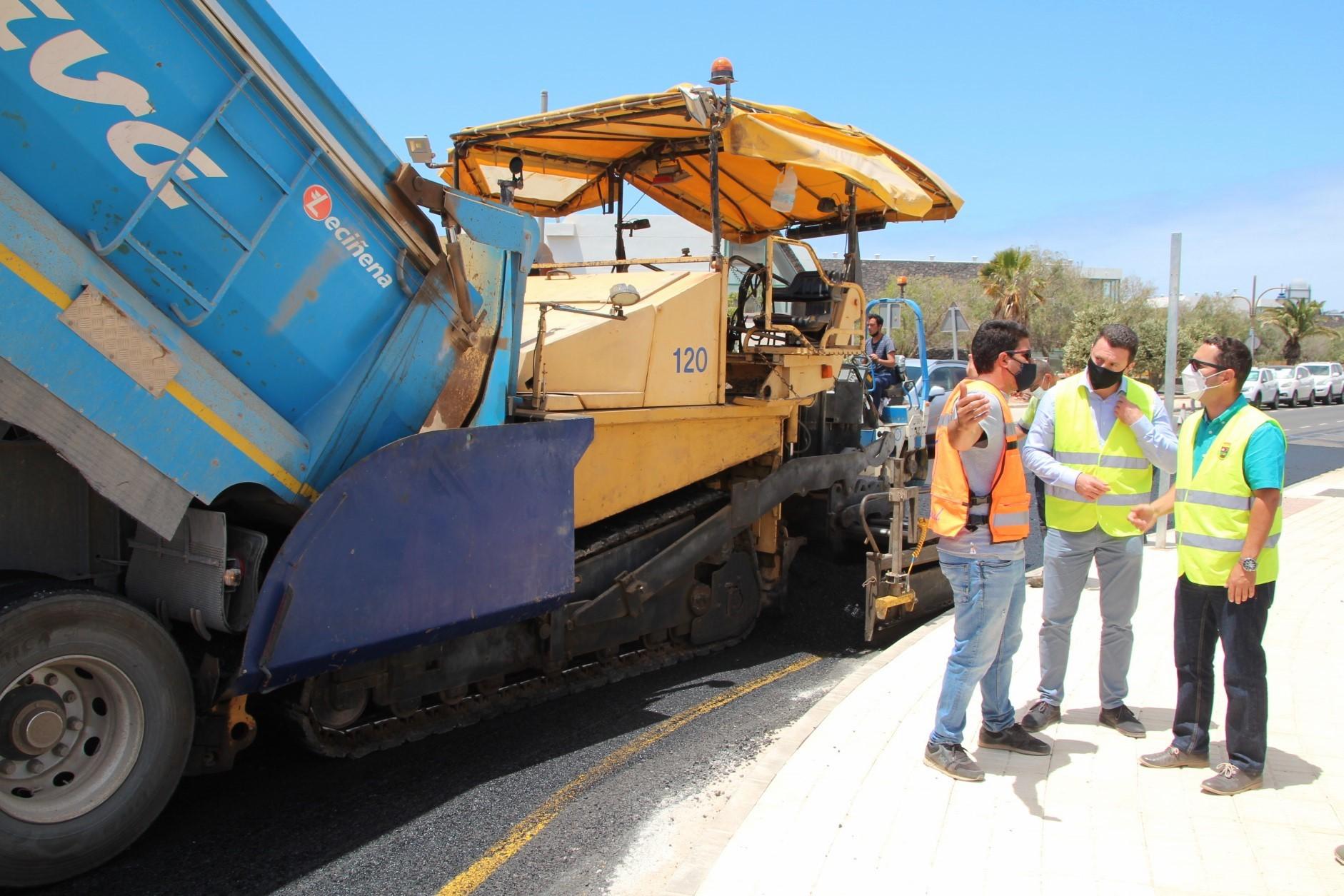 Yaiza aprueba 3,3 millones de euros más para mejoras viarias en el municipio