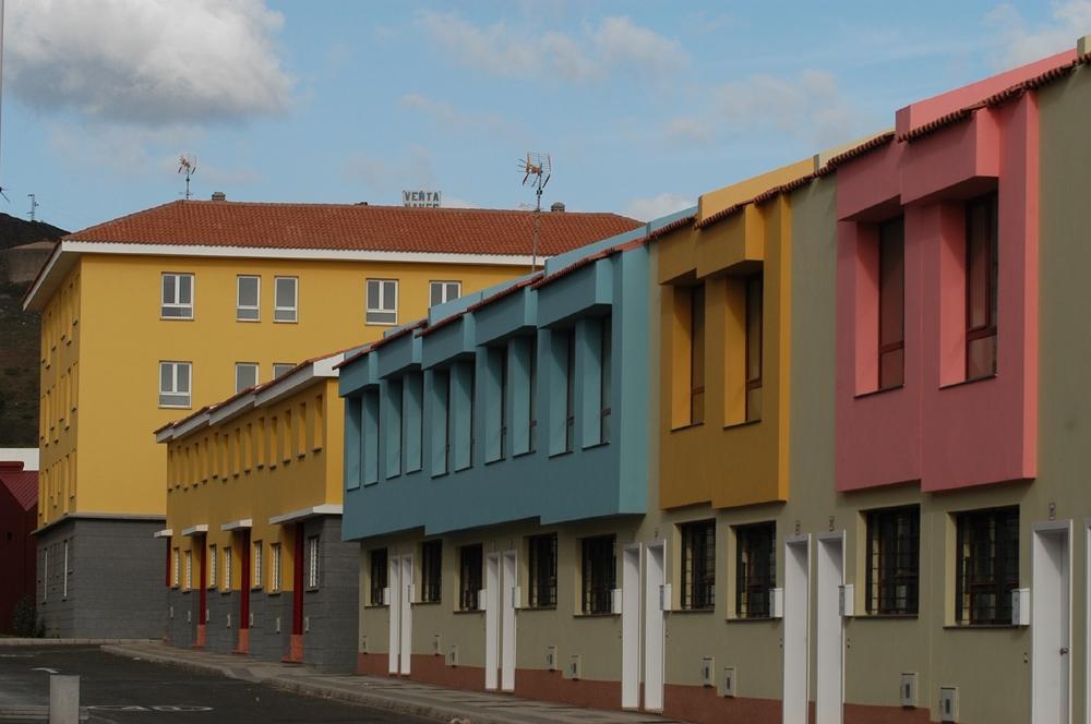 Vivienda rehabilitará más de 1.300 viviendas públicas con una inversión de 1,1 millones de euros de fondos Feder