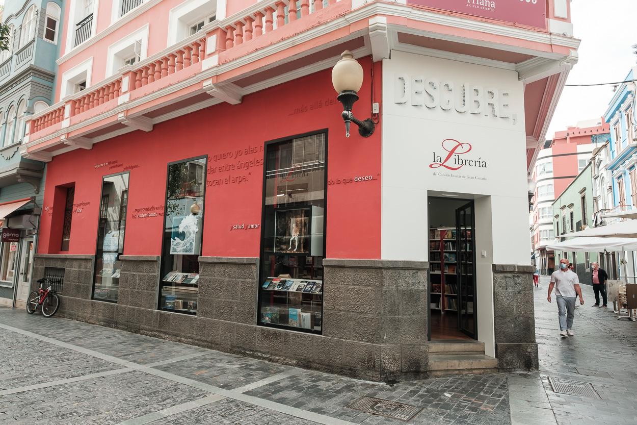 La Librería del Cabildo acoge una exposición que rinde homenaje a Tomás Morales para conmemorar el Centenario de su fallecimiento