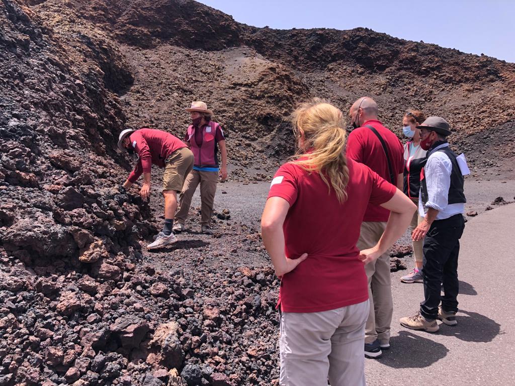 El Gobierno de Canarias incrementará el número de rutas guiadas del Parque Nacional de Timanfaya