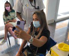 El 60,4 por ciento de la población diana de Canarias ya está inmunizada con las dos dosis de vacunas contra la COVID-19