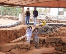 El Gobierno inicia una nueva campaña de investigación arqueológica en la Cueva de Villaverde