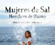 El Teatro Chico alberga la proyección del documental 'Mujeres de Sal. Hombres de Humo'