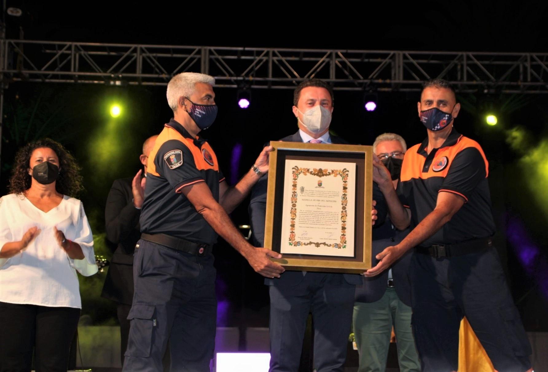Protección Civil de Yaiza recibe la máxima distinción municipal