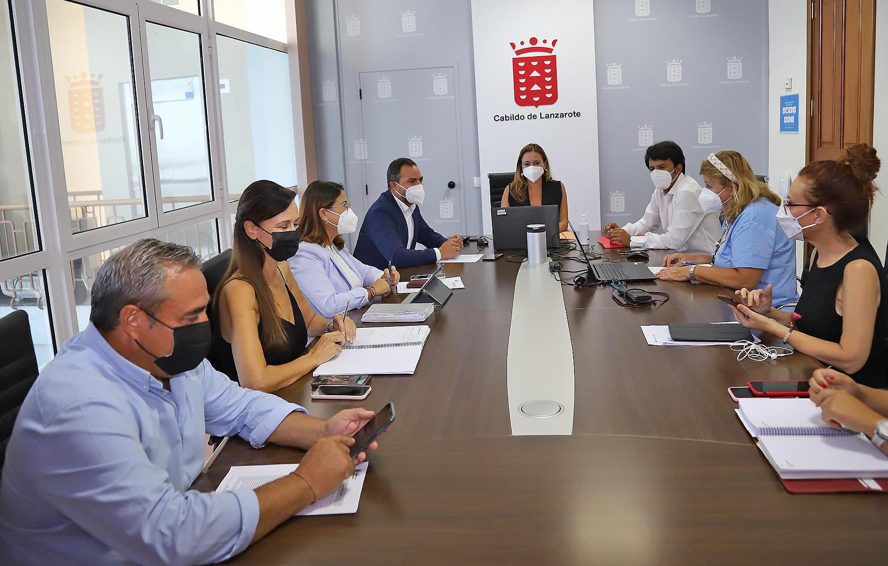 Cabildo y Gobierno de Canarias seguirán gestionando la Oficina de Información y Atención Ciudadana de forma conjunta