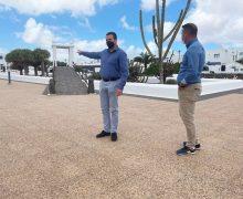 Yaiza contrata la implantación de un parque infantil en el área urbana San Marcial del Rubicón
