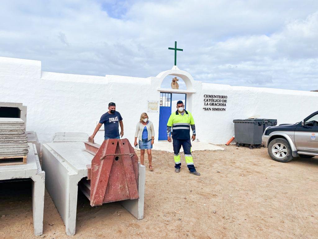 El cementerio San Simeón de La Graciosa ya cuenta con nuevos nichos