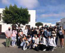 Los escolares de Lanzarote visitan la exposición de Leandro Perdomo